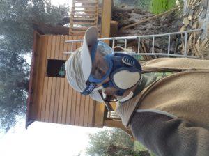 Óculos e máscara de proteção contra poeiras nocivas.